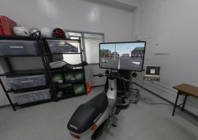 1F・二輪シミュレーター室